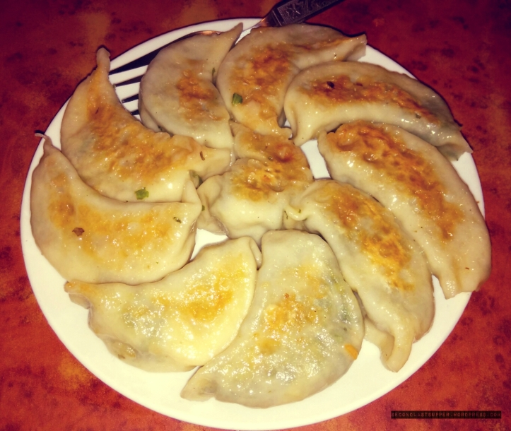 Tofu, spinach cheese kothey (steamed & fried momos)