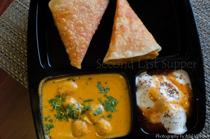 Combo (Gatta curry, Bikaneri Parathe & Dahi Gijiya)